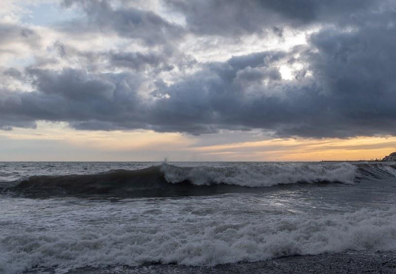 IMGW ostrzega przed sztormem na Bałtyku /123RF/PICSEL