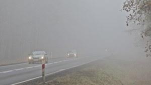 IMGW ostrzega: Silna mgła niemal w całej Polsce
