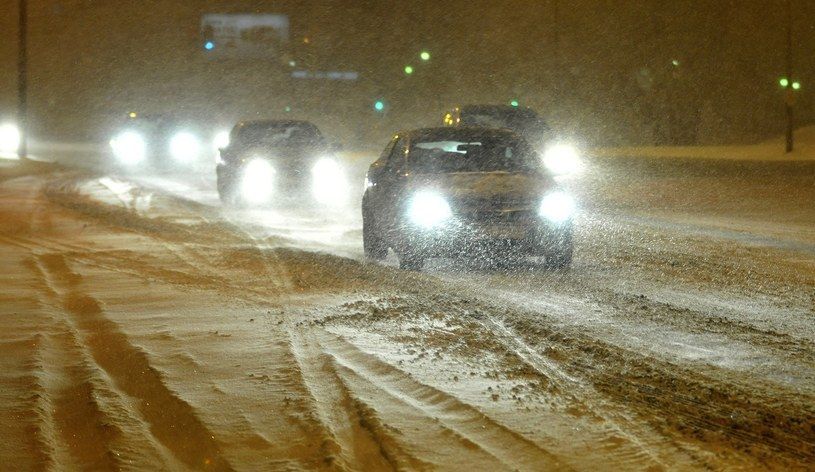 IMGW ostrzega: silny wiatr na północy, zawieje śnieżne w górach /Przemek Świderski /Reporter