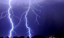 IMGW: Ostrzeżenia przed burzami z gradem w południowo-wschodniej Polsce