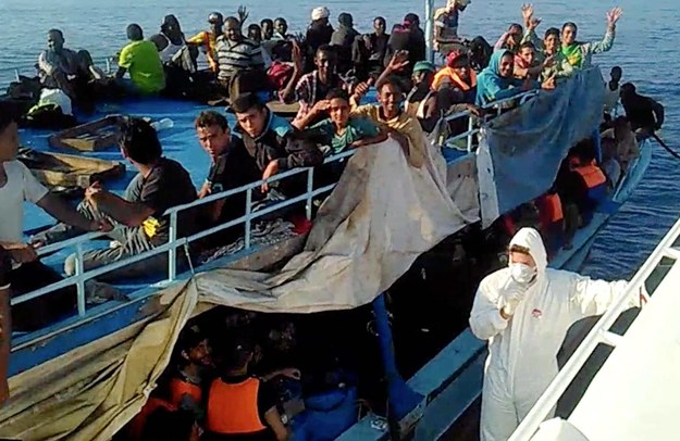 """Imigranci szturmują Europę. Powstanie lista """"bezpiecznych państw""""?"""