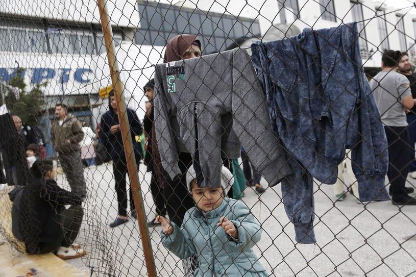 Imigranci w Grecji, zdj. ilustracyjne /YANNIS KOLESIDIS /PAP/EPA