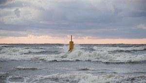 IMiGW ostrzega: Silne porywy wiatru nad morzem