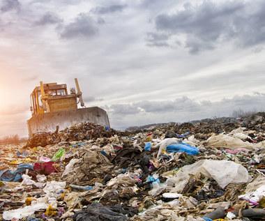 Importujemy więcej śmieci, niż wywozimy za granicę