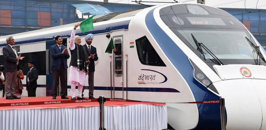 Inauguracja pociągu była huczna /PRESS INFORMATION BUREAU GOVERNMENT OF INDIA HANDOUT /PAP/EPA