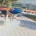 Incydent na przejeździe kolejowym na Słowacji. Polski tir o centymetry minął się z pociągiem!