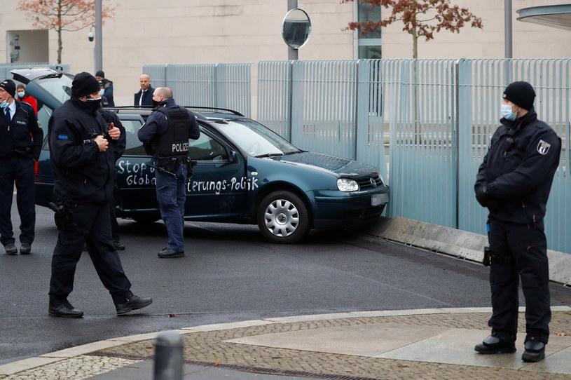 Incydent w Berlinie (fot. Reuters) /Fabrizio Bensch /Agencja FORUM