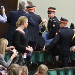 Incydent w Sejmie. Straż Marszałkowska wyprowadziła mężczyznę z galerii