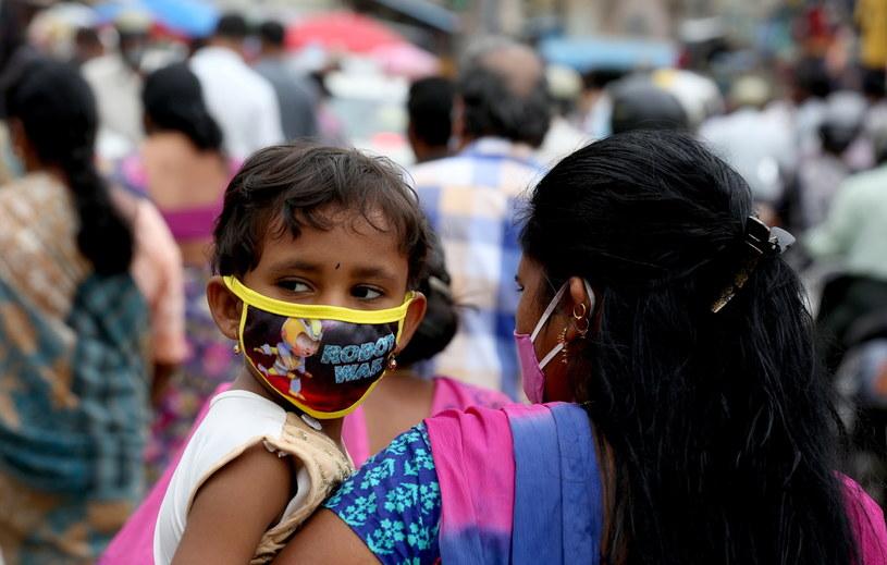 Indie: Blisko 98 tysięcy zakażeń koronawirusem w ciągu ostatniej doby /JAGADEESH NV /PAP/EPA