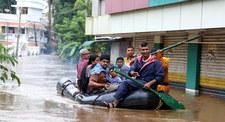 Indie: Do 324 wzrosła liczba ofiar śmiertelnych powodzi w stanie Kerala