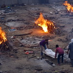 Indie: Dobowy rekord liczby zgonów. Niemal 3,7 tys. ofiar