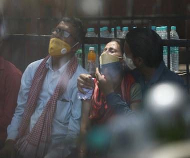 Indie: Mukormykoza atakuje pacjentów z COVID-19. Czym jest tzw. czarny grzyb?