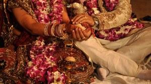 Indie: Panna młoda zmarła na ślubie. Wybranek poślubił jej siostrę