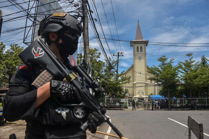 Indonezja: Eksplozja przed katedrą w Makasar /INDRA ABRIYANTO /AFP