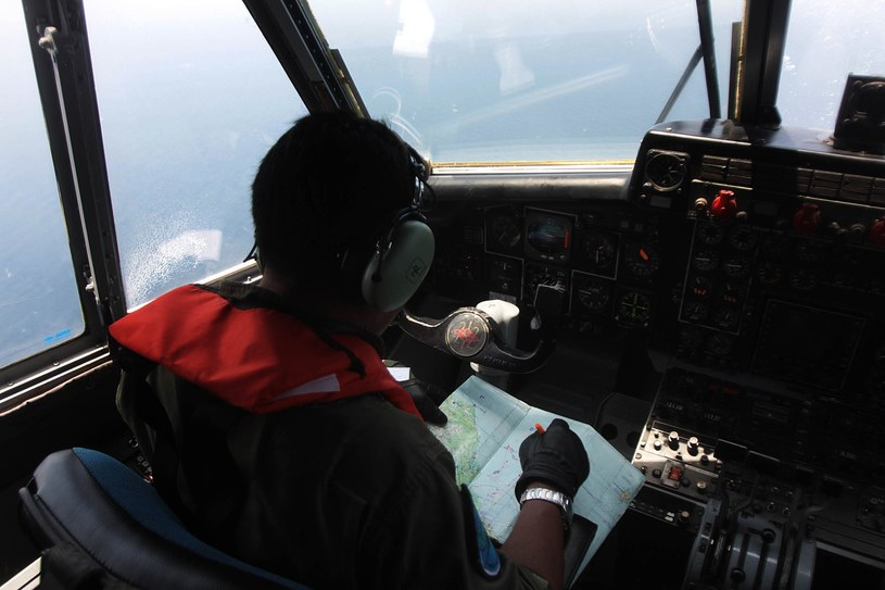 Indonezyjski samolot szuka wraku maszyny należącej do Malaysia Airlines /AFP