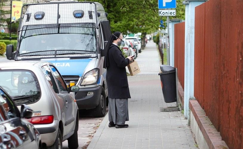 Indyjska mutacja Covid-19 w domach Sióstr Misjonarek Miłości /Tomasz Kudala /Reporter