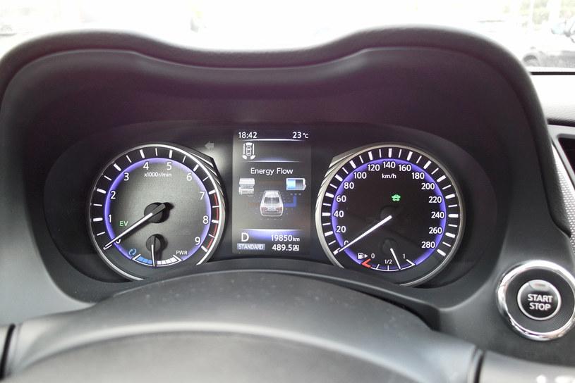 Infiniti Q50S Hybrid /INTERIA.PL