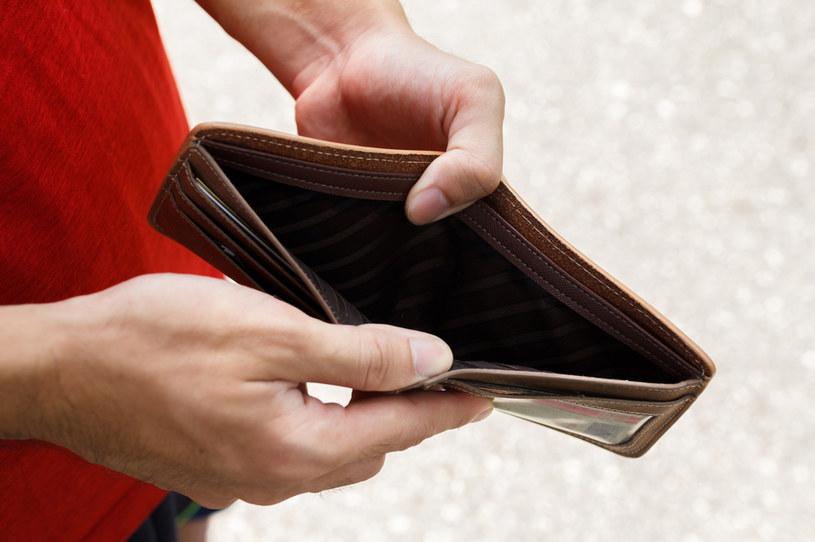 Inflacja może mieć wpływ na obniżenie nastrojów /123RF/PICSEL