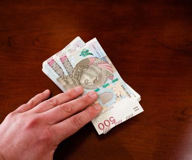Inflacja w górę, płace w miejscu. Budżetówka walczy o podwyżki