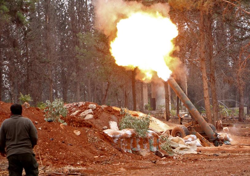 """""""Informacje pochodzące z wiarygodnych źródeł mówią o wielkiej liczbie zabitych osób cywilnych, w tym wielu dzieci"""" /AFP"""