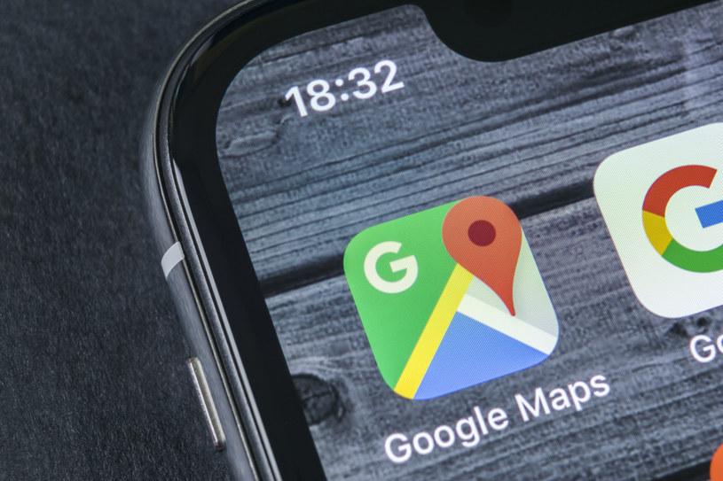 Informowanie o natężeniu ruchu to jedna z najbardziej przydatnych funkcji Map Google /123RF/PICSEL