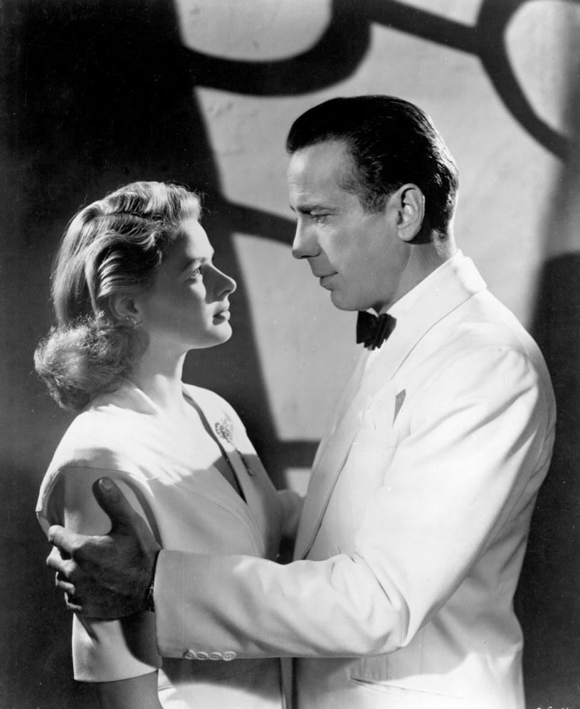 Ingrid Bergman i Humprey Bogart w ulubionym filmie Hugh Hefnera /AKPA