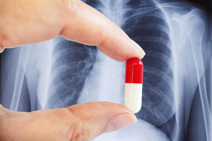 Inhibitory ACE zmniejszają częstość hospitalizacji /123RF/PICSEL
