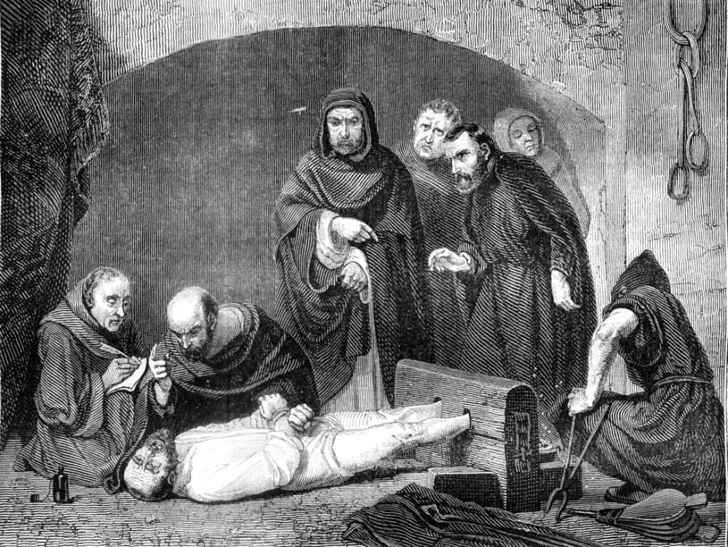 Inkwizycja przyczyniła się do cierpienia mnóstwa ludzkich, niewinnych istnień /123RF/PICSEL