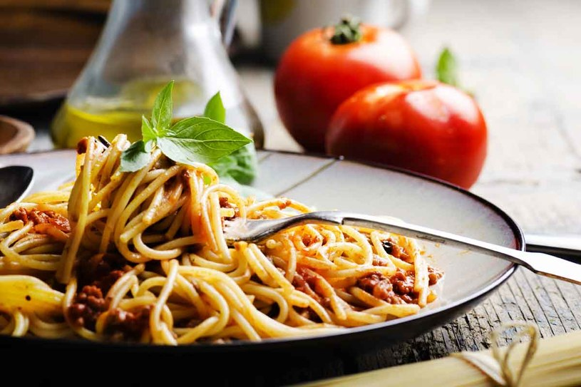 Inna wersja spaghetti /123RF/PICSEL