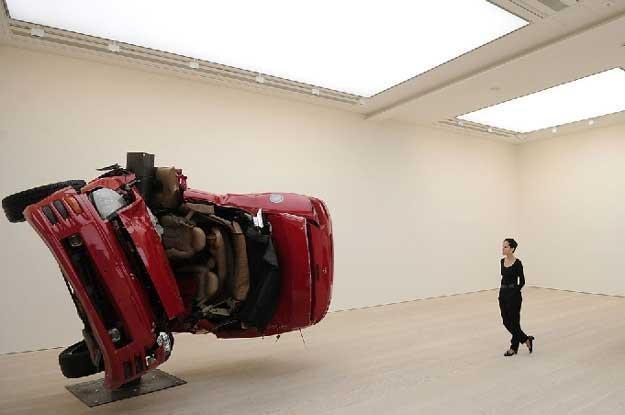 Instalacja  niemieckiego artysty Dirka Skrebera /AFP