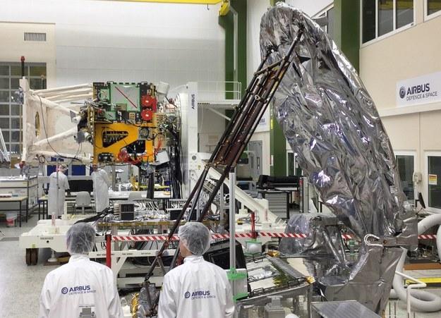 Integracja satelity EarthCare z japońskim radarem / inf. prasowa /&nbsp