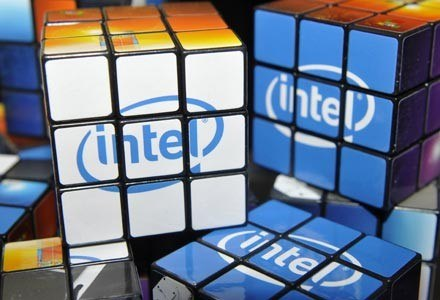 Intel znów jest oskarżany o stosowanie praktyk monopolistycznych /AFP