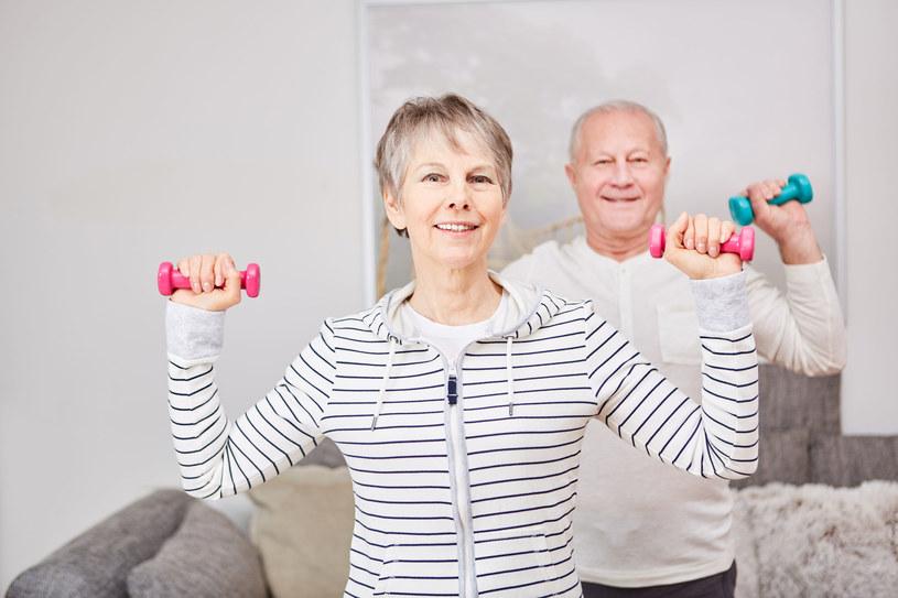Intensywne ćwiczenia wcale nie muszą być dobre dla naszego zdrowia /123RF/PICSEL
