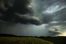 Intensywne opady deszczu. IMGW ostrzega pięć województw