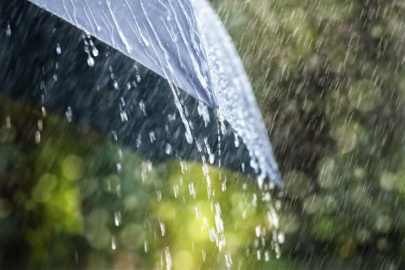 Intensywne opady deszczu na południu Polski /123RF/PICSEL