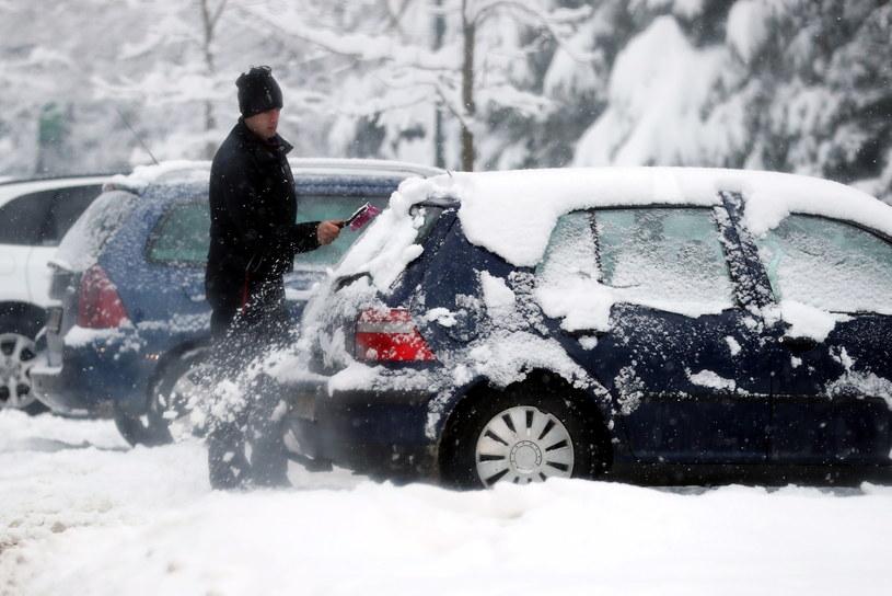 Intensywne opady śniegu w Zakopanem /Grzegorz Momot /PAP