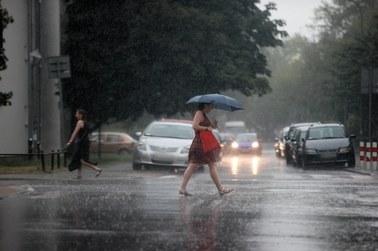 Intensywny deszcz i burze. Poniedziałek pod znakiem gwałtownych zmian pogody