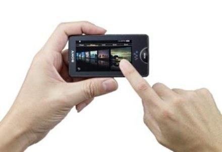 Interfejs dotykowy w Walkman X sprawdza się doskonale - oto godny konkurent iPoda touch /materiały prasowe