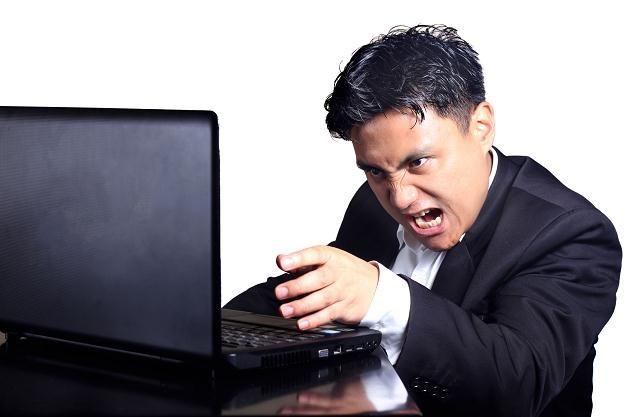 Internet bardzo łatwo kontrolować /©123RF/PICSEL