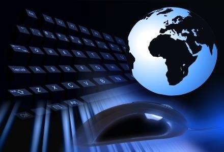 Internet dla wszystkich - serwisy web 2.0, wyszykiwarki, komunikatory i tak dalej...     fot. ilker /stock.xchng