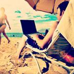 Internet na wakacjach - miej się na baczności!