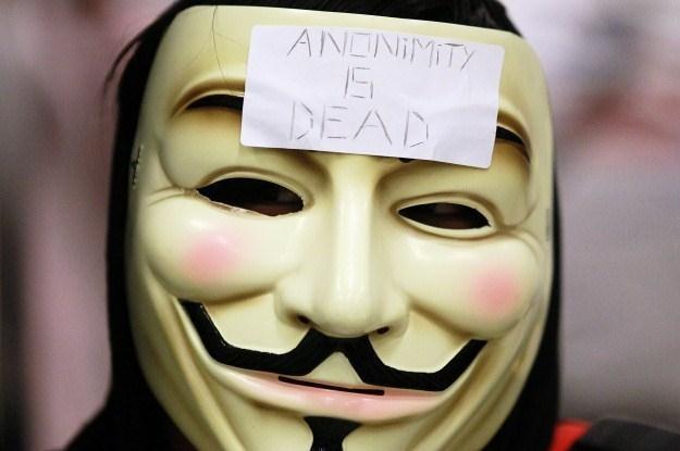 Internetowa anonimowość ułatwia działania cyberterrorystów /AFP