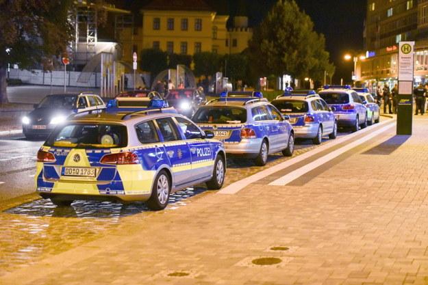 Interwencja niemieckiej policji podczas przepychanek w Budziszynie /CHRISTIAN ESSLER /PAP/EPA