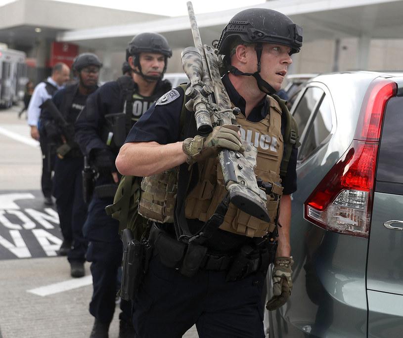Interwencja policji na lotnisku Fort Lauderdale-Hollywood na Florydzie /Getty Images
