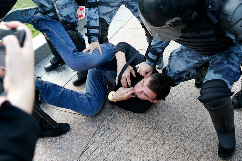 Interwencja policyjnych oddziałów specjalnych OMON, zdj. ilustracyjne /AFP