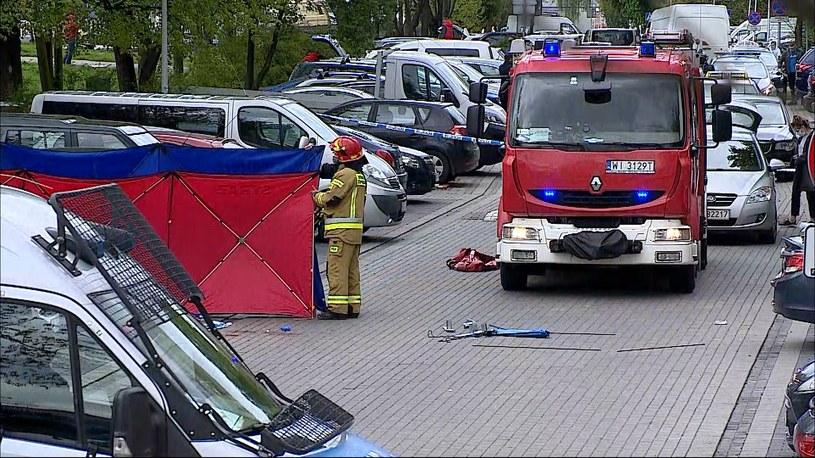 Interwencja służb przy ul. Bora Komorowskiego w Warszawie /Polsat News