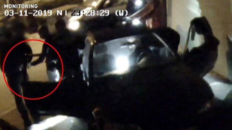 Interwencję policji zarejestrowały kamery monitoringu /Polsat News