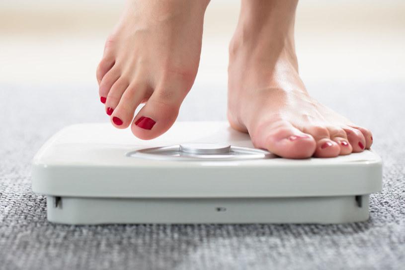Intuicyjne jedzenie to przyjemny sposób na zrzucenie zbędnych kilogramów /123RF/PICSEL