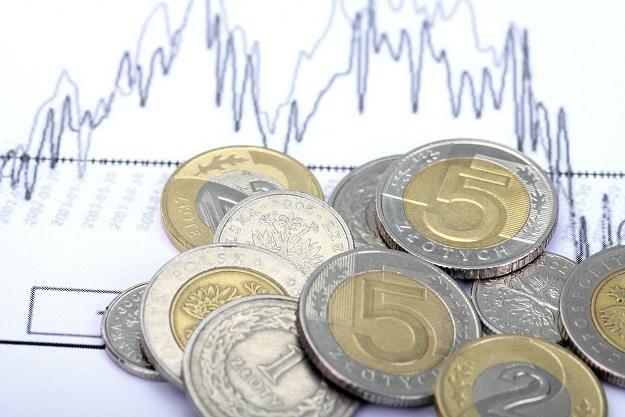 Inwestorzy stronią od ryzykownych walut i aktywów /©123RF/PICSEL