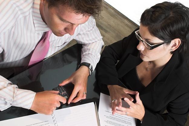 Inwestorzy szukają dobrze oprocentowanych papierów z relatywnie niewielkim ryzykiem /© Panthermedia